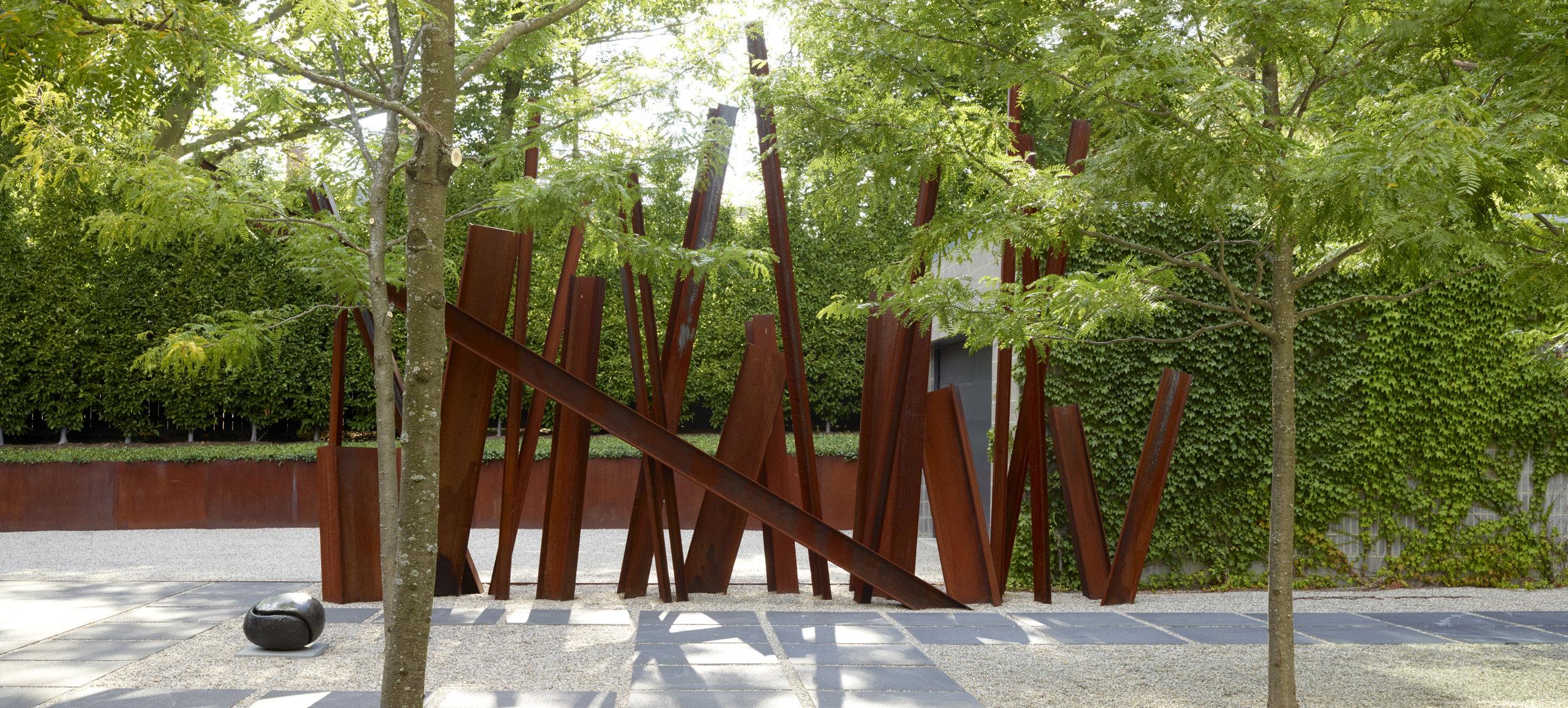 andrea cochran architecturaal in combinatie met bomen